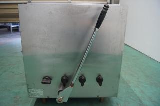 ガス赤外線大型グリラー リンナイ㈱ 中古品 AR-1860