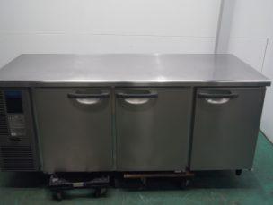 台下冷蔵庫 業務用テーブル形冷蔵庫 RT-180SDF ホシザキ電機㈱ 中古品 AR-2909