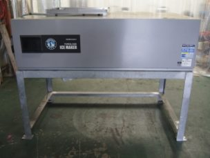 業務用大型製氷機 シングラスアイスメーカー TM-2000UA-1 ホシザキ電機㈱ 中古品 AR-3261